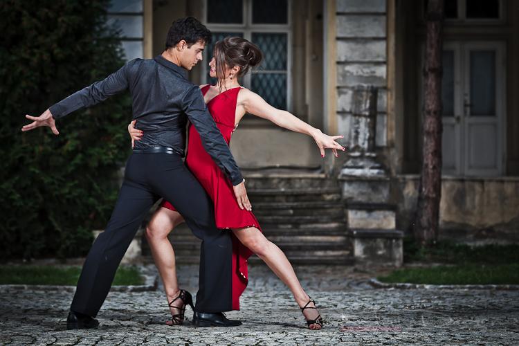 Популярные танцы в стиле латина